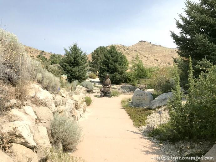 Idaho Botanical Gardens Sculpture, family travel Southwest Idaho